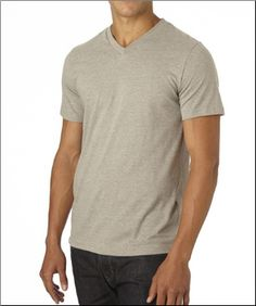 Men's organic cotton V-neck