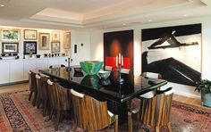 The Bloomfield Hills dining room includes Franz Kline's Elizabeth (1958) and Mark Rothko's No. 6/Sienna, Orange on Wine (1962).