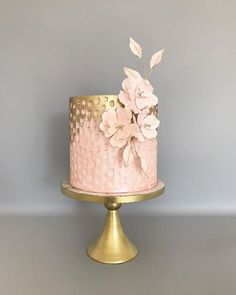 celebration cakes It's not only about bold, dark cakes, some of them can be light and airy . Beautiful Cake Designs, Gorgeous Cakes, Pretty Cakes, Amazing Cakes, Wedding Cake Designs, Wedding Cakes, Wedding Ideas, Modern Cakes, Gateaux Cake