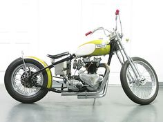 1956 Triumph Tiger 4 speed's transformation to this beauty called 'Gold Digger'. Triumph Bobber, Bobber Motorcycle, Bobber Chopper, Triumph Bonneville, Triumph Motorcycles, Custom Motorcycles, Custom Bikes, Suzuki Cafe Racer, Cafe Racers