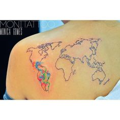 The world in her shoulder | such a nice time | freehand tattoo #freehabdtattooartist #freehand #world #worldmap #worldmaptattoo #maptattoo #map #travellerstattoo #travel #traveling #instagood #instatravel #dub #dublinlife #dublintattoo #dublintattooartist #tat #tattoo #tattoo2me #latinamerica #like4like #likeforlike #likes #tattooartist #monitattoo #monicagomes