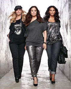This is my style. Love the rock style look. Not sure about wearing pants though. I love dresses best but the look is what I like. Fashion Tips for Plus Size Women 04 Style and Fashion Tips for Plus Size Women Look Plus Size, Curvy Plus Size, Plus Size Women, Xl Mode, Mode Plus, Fashion Over, Look Fashion, Womens Fashion, Fashion Tips