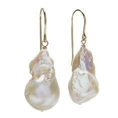 Very elegant baroque pearl earring. Each piece is unique since the pearls all vary.Baroque pearl earrings with a gold fill wire