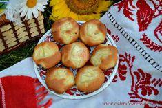 Briose cu afine - CAIETUL CU RETETE Pretzel Bites, Sprouts, Muffins, Pizza, Cupcakes, Bread, Vegetables, Food, Pineapple