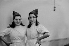 1936 agosto Dos enfermeras del Hospital de El Escorial, por LRM.