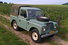 Series Truck cab on Car And Classic UK Land Rover 88, Land Rover Defender 110, Defender 90, Cool Sheds, Landrover Series, Range Rover Classic, Off Road, Pre Production, Autos