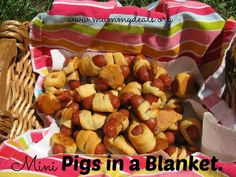 Mini Pigs in a Blanket are a great #backtoschool snack or lunch from #mummydeals