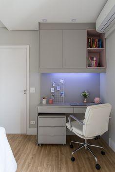 Tiny Bedroom Design, Bedroom Wall Designs, Small Room Design, Home Room Design, Home Office Design, Study Room Decor, Teen Room Decor, Bedroom Decor, Minimalist Room