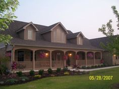Midwest residential landscaping example - Columbus, IN