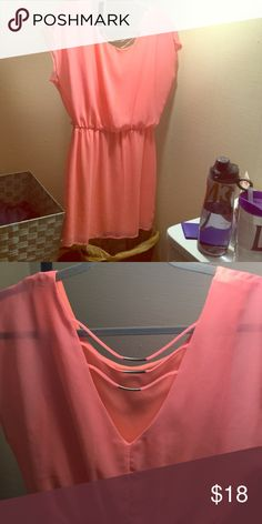 Pink dress Only worn a few times, great condition, very pretty back, flowy cap sleeves are flattering on anyone Dresses