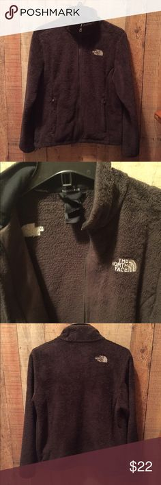 """NORTH FACE Brown Fleece sz M Dark brown fleece jacket.  2 exterior zip pockets, hidden sleeve snap at cuff and hem drawstring.  Interior shows some piling and the care/fabric content tag is illegible.  The Exterior shows minimal piling and is in pretty good shape, no holes or stains.  Overall I would be happy buying this jacket for the price.   Measures 19.5"""" across and 24"""" long. North Face Jackets & Coats"""
