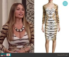 Gloria's tiger stripe print dress on Modern Family Modern Family Sofia Vergara, Modern Family Gloria, Snake Skin Dress, Amanda Holden, Catherine Zeta Jones, Tiger Stripes, Celebrity Babies, Stripe Print, Printer
