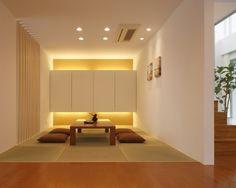 モダンな和室には、照明をつかった遊び心も必要。壁を照らしたり、空間全体を雰囲気アップするための照明の取り付け方があります。