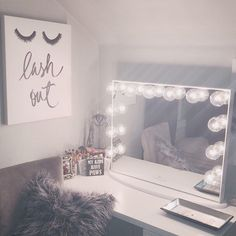 Lash out 💋 It's the weekend, how are you spending yours? ⠀ ⠀ Thank you for sharing! Hollywood Vanity Mirror, Student Room, Makeup Rooms, Awesome Bedrooms, Beauty Room, New Room, Dream Bedroom, Cool Lighting, Bedroom Decor