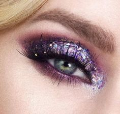 PURPLE POPS || for the glitter obsessed. Tag a friend who would love this! Shop glitters link in bio. Fabulous Rtist: @karlapowellmua #glitterrealm