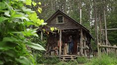 """Why A Man Gave Up The """"American Dream"""" For A Hand-Built Cabin With No Power Or Running Water"""