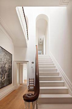 South Melbourne Home by Inglis Architects. I LOVE the archway at the top of the - - South Melbourne Home by Inglis Architects. I LOVE the archway at the top of the A A ROOM South Melbourne Home von Inglis Architects. Interior Design Inspiration, Decor Interior Design, Interior Decorating, Decorating Tips, Hallway Decorating, Design Ideas, Architecture Design, Melbourne House, Interior Stairs
