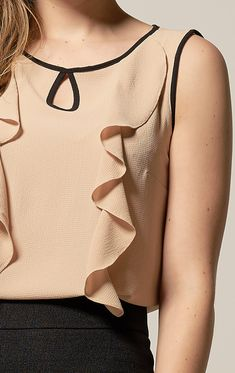 45 Women Blouses To Inspire Everyone Bloom Fashion, 50 Fashion, Daily Fashion, Latest Fashion Trends, Fashion Outfits, Womens Fashion, Fashion Design, Business Fashion, Sewing Blouses