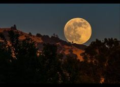 Supermoon 2013 PHOTOS: Pictures Of Year's Biggest Full Moon From Skywatchers All Over (SLIDESHOW)