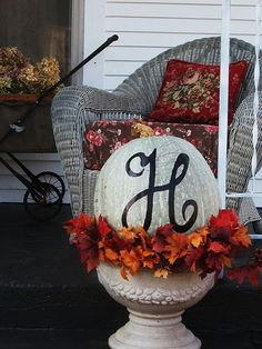cute fall decor for the porch/patio