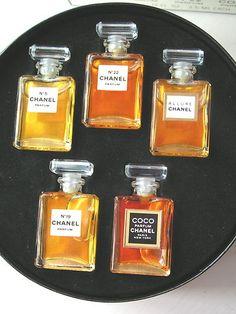 Chanel Fragrance Wardrobe ca. 2009: No. 5, No. 19, No. 22 (vintage), Coco, Allure