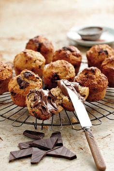 Ek maak gewoonlik 'n hele klompie van hierdie muffins en vries dit dan. As ek vroegoggend of teen teetyd lus is vir 'n ietsie soets, haal ek net een uit die vrieskas en ontdooi dit. Met Nutella by is dit ook 'n wenner vir die jongklomp. Dis nie 'n tipiese lae-GI-muffin nie; dit proe regtig soos 'n gewone muffin – klam, geurig en soet.