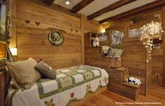 Arte Rovere Antico - Photo by Duilio Beltramone for Sgsm.it - Casa Lorena - Courmayeur Italy - Wood Interior Design