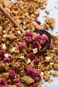 Granola malinowa, raspberry, coconut and white chocolate granola #granola #maliny #raspberry #kokos #coconut