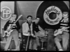 Gene Vincent and the Blue Caps - Be-Bop-A-Lula. Gazing upward helped Gene overcome stage fright.