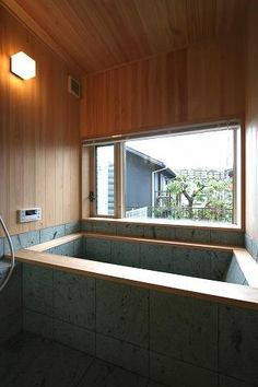 バス/トイレ事例:十和田石の浴槽(SKY FIELD HOUSE) Next Bathroom, Cozy Bathroom, Japanese Bathroom, Ideal Bathrooms, Old Abandoned Houses, Best Bathroom Designs, Dream Bath, Fantasy House, Unusual Homes