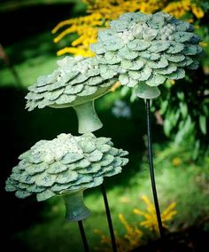 Ceramics by Frances Doherty at Studiopottery.co.uk - 2013. Green Hydrangeas. 1 metre high. Thrown and modeled stoneware with timber base Frances Doherty frances.doherty@gmail.com +44 (0)1273 540446 Brighton,: