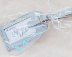 (A) THE LITTLE DETAILS This Ill Fly Away leather luggage tag includes our signature insert and a custom favor tag. The favor arrives assembled with the favor tag tied onto the luggage tag. A digital proof is provided with each order prior to production. Each luggage tag is handmade! (B) QUANTITY MORE quantity available! Please do not purchase this listing. Click Request a custom order in the link shown underneath the main photo and include the below order information and wed be happy to…