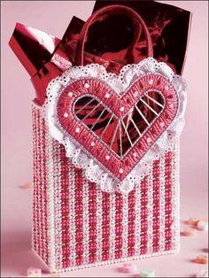 Valentine Plaid (Plastic Canvas)