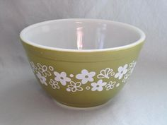 Vintage 1970s Pyrex  Spring Blossom Green Mixing Nesting Batter Bowl - 1.5 Pint  number401 >>> Huge discounts available now! : Mixing bowls baking