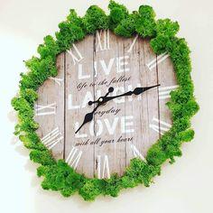 Clock - home decor with lichens Clock, Wall, Handmade, Diy, Home Decor, Watch, Homemade Home Decor, Hand Made, Bricolage