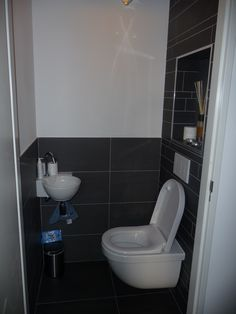 Toilet 1-0. Toilet