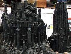 Weta workshop-Lord of the rings mini model Barad Dur, Model Maker, Wargaming Terrain, Movie Props, Sci Fi Fantasy, Middle Earth, Lord Of The Rings, Tolkien, Lotr