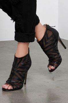 Chinese Laundry Luscious Black Leather and Mesh Booties at Lulus.com!