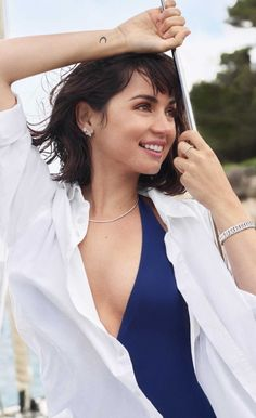 Tumblr Star Actress, Gorgeous Women, Camisole Top, Hollywood, Celebs, In This Moment, Actresses, Drop Earrings, Tank Tops