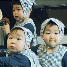 The returns of superman. Cute Kids, Cute Babies, Baby Kids, Triplet Babies, Superman Kids, Man Se, Kids Kiss, Song Daehan, Song Triplets