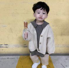 Cute Asian Babies, Korean Babies, Asian Kids, Cute Babies, Boys Summer Outfits, Baby Boy Outfits, Kids Outfits, Cute Little Baby, Little Babies