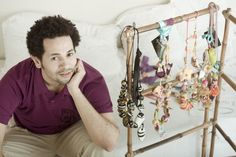 Alfonso Mendoça accessories designer from Colombia