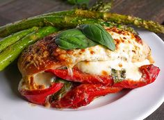Healthy Recipes Image 1 - Roasted Red Pepper, Mozzarella and Basil Stuffed Chicken - (Free Recipe below) New Recipes, Cooking Recipes, Healthy Recipes, Recipies, Drink Recipes, Comida Latina, Fresh Mozzarella, Mozzarella Stuffed Chicken, Grilled Chicken