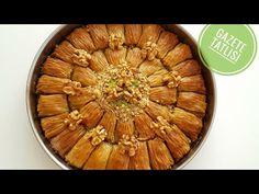 Bugün bizim evde bağımlılık yaratan bir tatlı tarifini sizlerle paylaşmak istiyoruz. Tatlı tarifinin ismi biraz ilginç; gazete tatlısı olarak geçiyor. Çok lezzetli bir şerbetli tatlı. Tatlının tarifinde şerbetinin, hamurunun nasıl hazırlanacağı çok güzel şekilde anlatılmış. Apple Pie, Yogurt, Recipies, Easy Meals, Beef, Desserts, Food, Youtube, Deserts