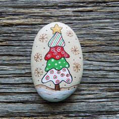 Whimsical Tree Painted Rocks, Decorative Accent Stone, Paperweight by HeartandSoulbyDeb on Etsy Rock Painting Ideas Easy, Rock Painting Designs, Paint Designs, Pebble Painting, Pebble Art, Stone Painting, Stone Crafts, Rock Crafts, Primitive Christmas