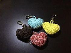 Tuto coeur porte clé au crochet, My Crafts and DIY Projects Bracelet Crochet, Crochet Keychain Pattern, Crochet Motif, Diy Crochet, Crochet Stitches, Crochet Hooks, Crochet Baby, Crochet Earrings, Crochet Hearts