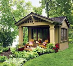💚Wow, this started out as a shed. They added the porch, salvaged cottage windows and split shingle roof. My craft house for my back yard. kids play house and storage, or a backyard bar