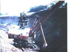 The B Shovel Mine 12 Hanna Div. 1970 Mining Equipment, Heavy Equipment, Caterpillar Toys, Bucyrus Erie, Minnesota Home, Coal Miners, Tonka Toys, Antique Iron, Shovel