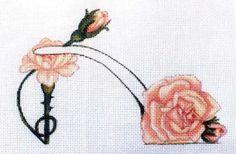 0 point de croix chaussure fleurs rose - cross stitch rose shoe