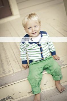 2 yr old boy photo session | Daly Moments Photography 2 year old boy photo session